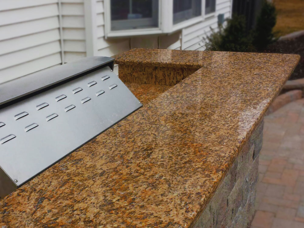 Outdoor Grilling Counter